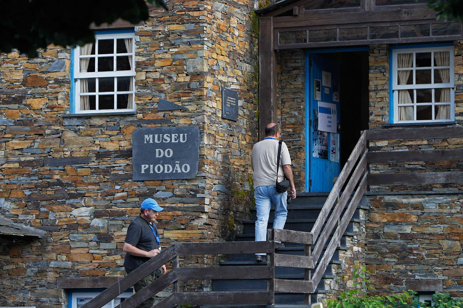driving guide to portugues historical villages