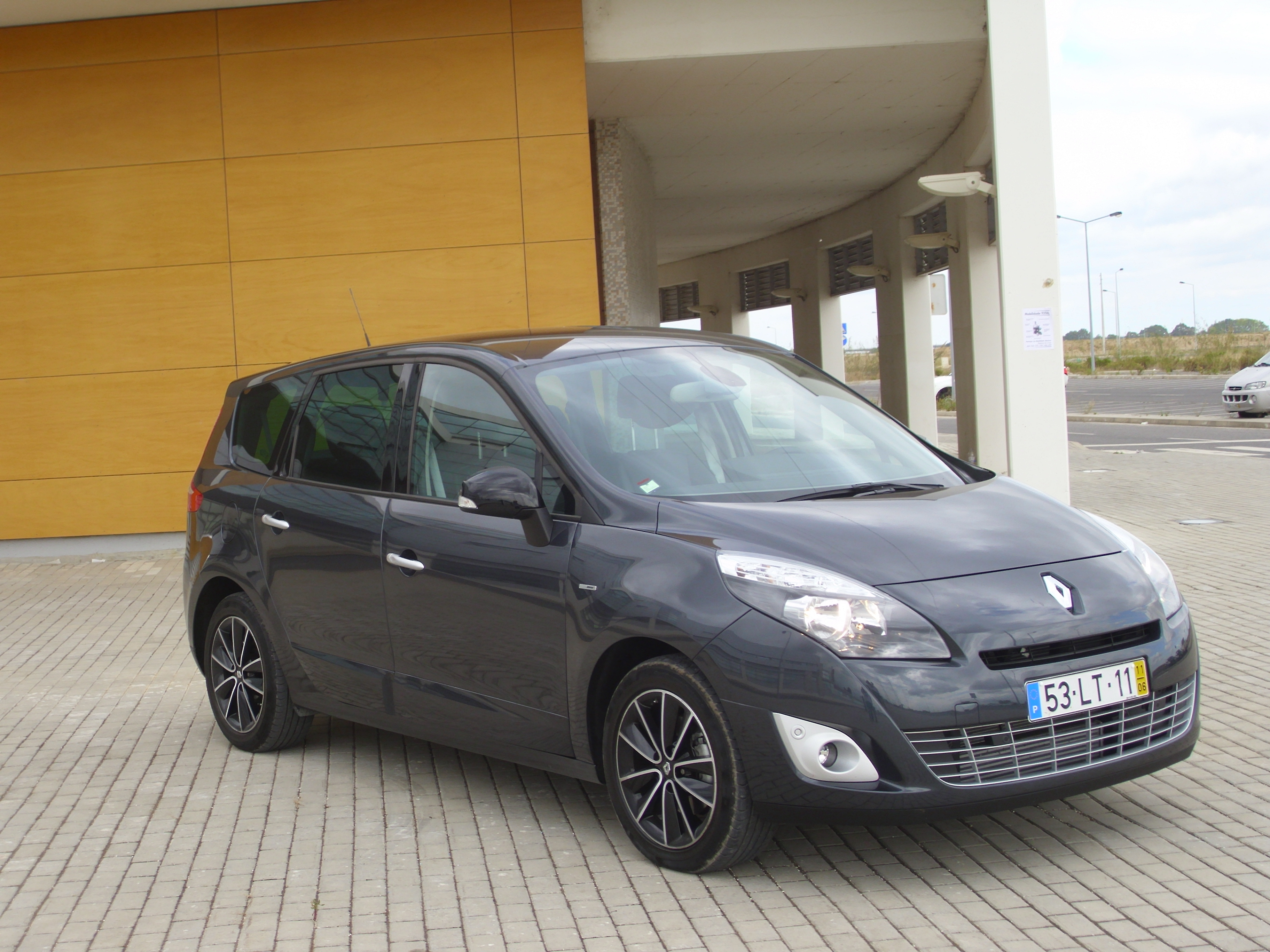 2003 renault scenic ii 1 6 related infomation specifications weili automotive network. Black Bedroom Furniture Sets. Home Design Ideas