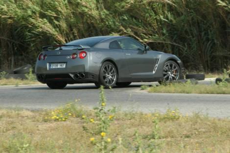 Não há que ter dúvidas de que o GT-R está sempre a postos para as curvas