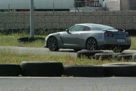 A aerdinâmica e o chassis estão estudados para manter sempre o carro colado à estrada
