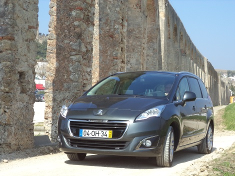 O Peugeot 5008 é o maior Peugeot existente no mercado