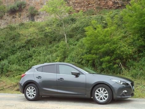 Os consumos são um pouo mais elevados do que a Mazda anuncia