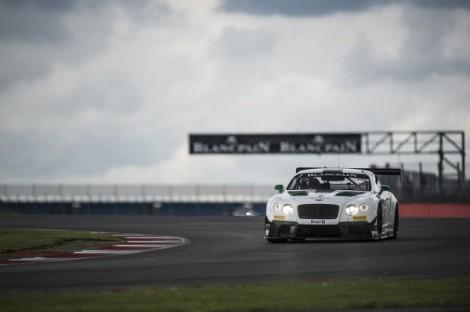 A prova foi ganha à geral pelo Bentley Continental GT3