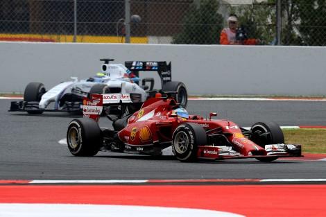 """Fernando Alonso foi sexto e último dos """"não-dobrados"""" por Hamilton"""