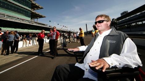 Sam Schmidt vai conduzir em Indianapolis só com a cabeça