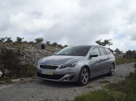 Peugeot 308 SW 1.6 e-HDi 115 cv Allure (Fotos: Telhados Grandes, Serra de Santo António)