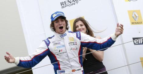 Roberto Mehri festeja mais uma vitória na FR 3.5 V6