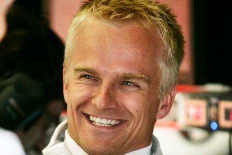 Heikki Kovalainen esteve a testar com a BMW em Lausitzring