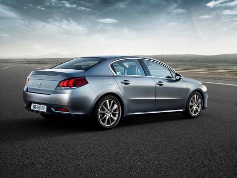 O novo 508 tem motores a gasolina e Diesel de última geração