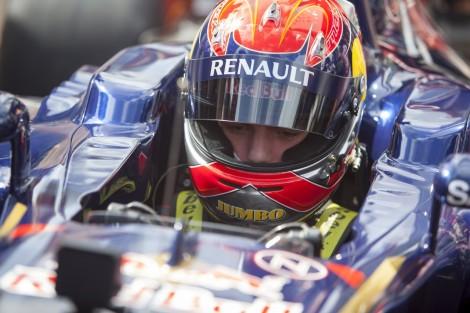 Max Verstappen testou um Toro Rosso em Adria