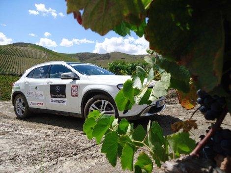 As terras do Douro Internacional e vinhateiro vão ser de novo visitadas pela caravana Mercedes-Benz