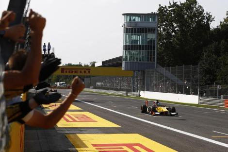 A vitória em Monza deixou Jolyon Palmer mais perto do título
