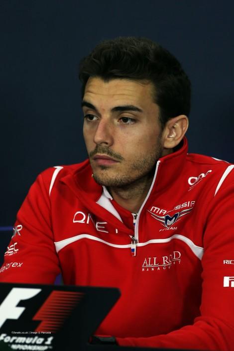 Jules Bianchi está em estado crítico depois de um acidente em Suzuka