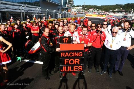 A Marussia correu apenas com Chilton e deixou montado nas boxes o carro de Bianchi