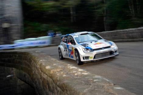 Jari-Matti Latvala ganhou o Rali de França e deixou o WRC ao rubro