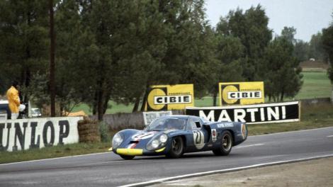 Mauro Bianchi sofreu um acidente grave em Le Mans com este Alpine-Renault