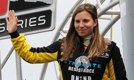 Simona de Silvstro saiu da Sauber e poderá ter dito adeus à F1