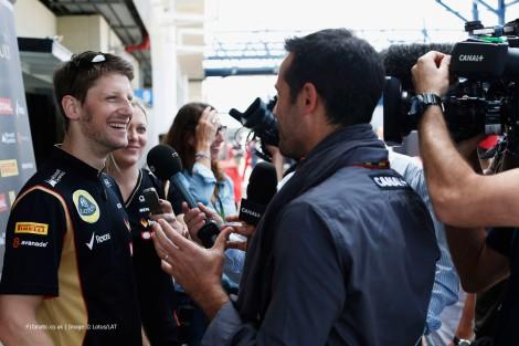 Romain Grosjean anunciou no Twitter que irá manter-se na Lotus em 2015