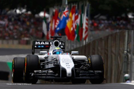 Massa completou o pódio depois de uma corrida atribulada