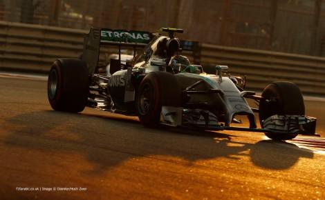 Rosberg nada pode fazer para contrariar a melhor forma de Hamilton (e do seu Mercedes...)