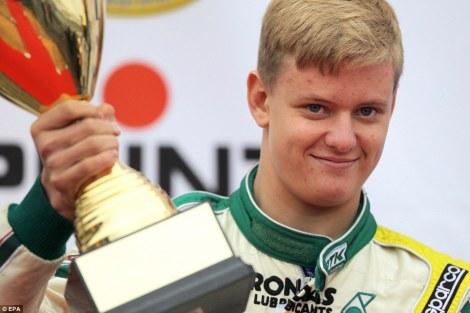 "Mick ""Junior"" Schumacher já se estreou nos monolugares"