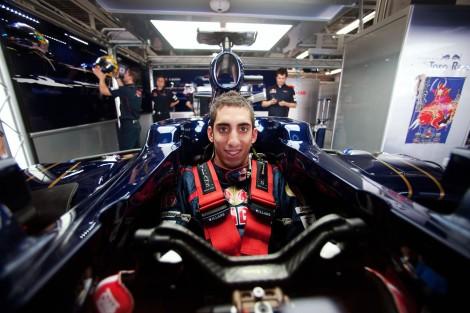 Sébastien Buemi vai continuar na Red Bull como piloto de reserva