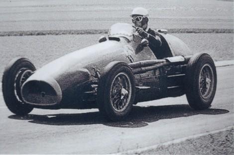 Robert Manzon esteve quase sempre ligado à equipa Gordini