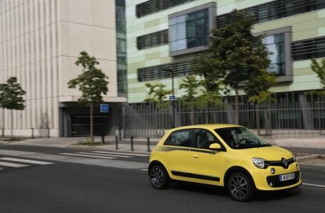 O Twingo é um carro curtinho com as rodas nos cantos da carroçaria