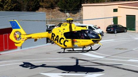 O piloto foi depois transportado ao hospital para exames complementares