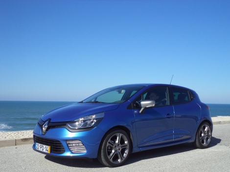 Além disso custa menos 9.000 euros que o Clio R.S. 200 EDC