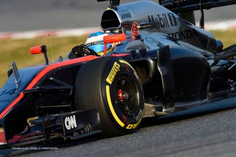 Fernando Alonso poderá ficar mais alguns dias no hospital