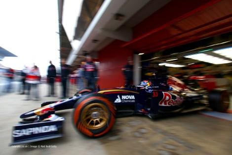 Max Verstappen foi a surpresa ao liderar a sessão durante quase todo o dia