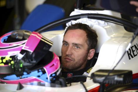 A FIA baniu Franck Montagny das corridas por dois anos