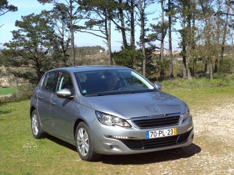 A Peugeot retirou 20 cv ao 308 1.2 THP e tornou-o uma boa opção