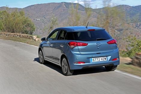 A dinâmica do i20 foi aperfeiçoada e adequada às estradas europeias