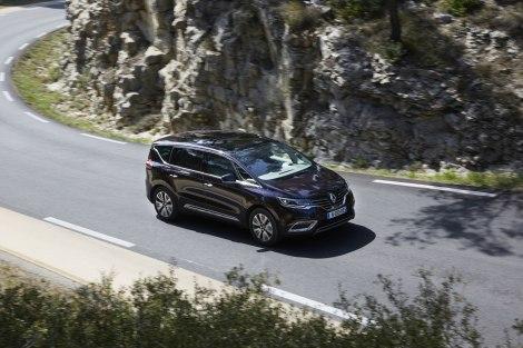 O novo Renault Espace chega em Maio a partir dos 42 mil euros