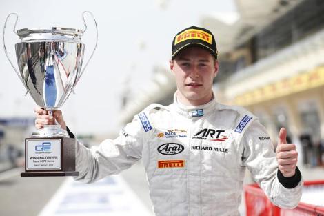 Stoffel Vandoorne foi o primeiro vencedor do ano na GP2