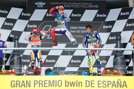 Jorge Lorenzo salta mais alto no pódio do MotoGP em Jerez
