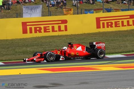 Sebastian Vettel voltou a ser o melhor dos outros com um 3º lugar