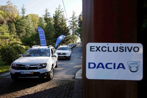 Foram 37 ps Dacia Sandero Stepway e Duster 4x2 e 4x4 que responderam à chamada