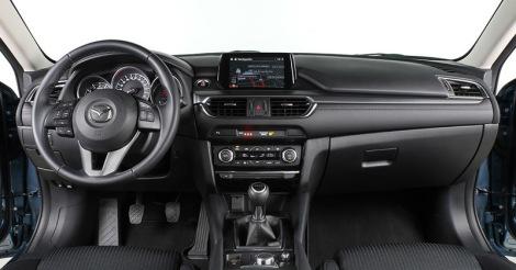 """A Mazda evoluiu o interior do """"6"""" levando-o para mais perto de um carro premium"""