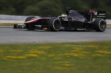 Stoffel Vandoorne venceu mais uma corrida Feature este ano