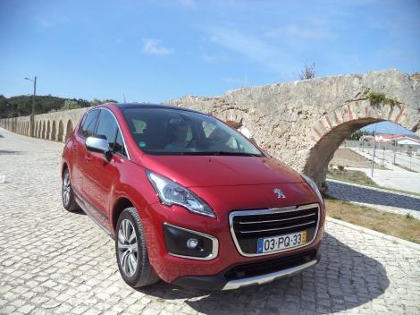 Os mais recentes códigos de estilo da Peugeot estão em evidência