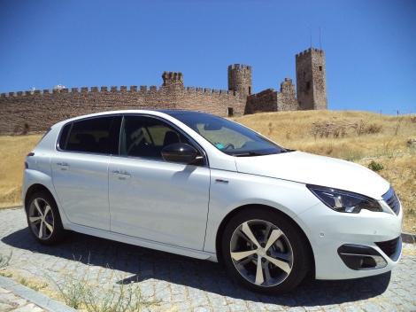 Peugeot 308 1.6 BlueHDi 120 GT Line (Fotos: Castelo de Arraiolos)