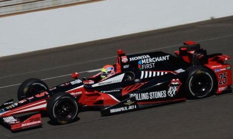 Indy 500 de 2015, com as cores da Rolling Stones