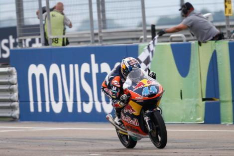 Miguel Oliveira venceu o GP de Aragón em Moto3