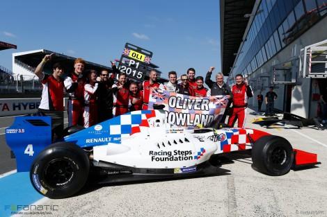 Oliver Rowland já selou o título na FR 3.5 V6 a seu favor
