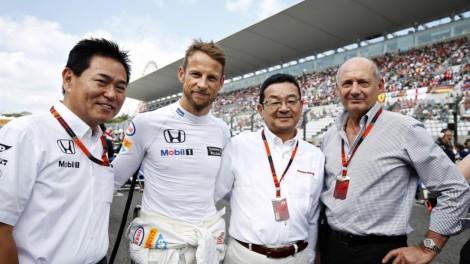 A McLaren confirmou Jenson Button para 2016