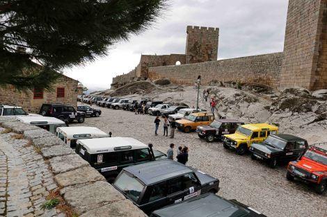 Foram mais de 50 os Land e Range Rover que comemoraram a data histórica