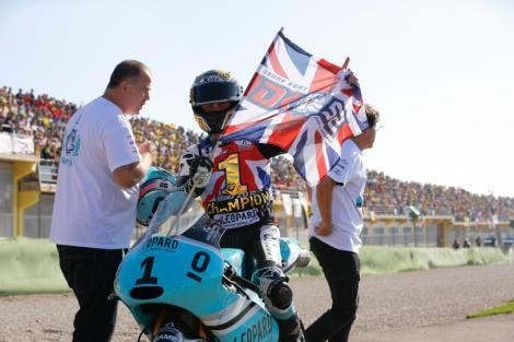 Danny Kent sagrou-se Campeão do Mundo de Moto3